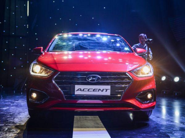 2859_Hyundai_Accent_2018-4-912×682